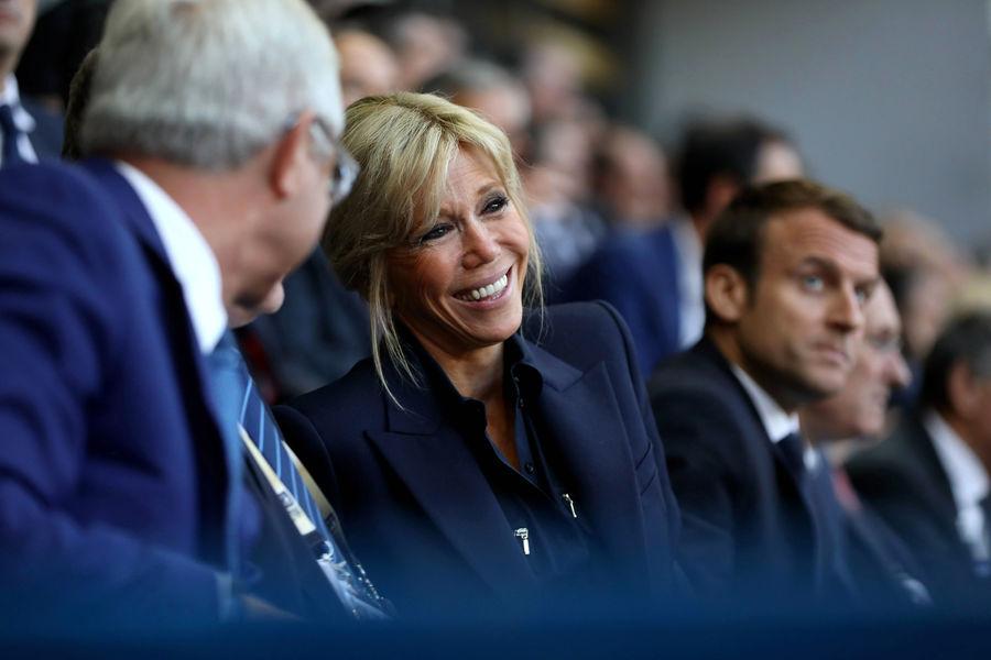 Actualite Actualite Emmanuel et Brigitte Macron, en tribunes pour la finale du Top 14