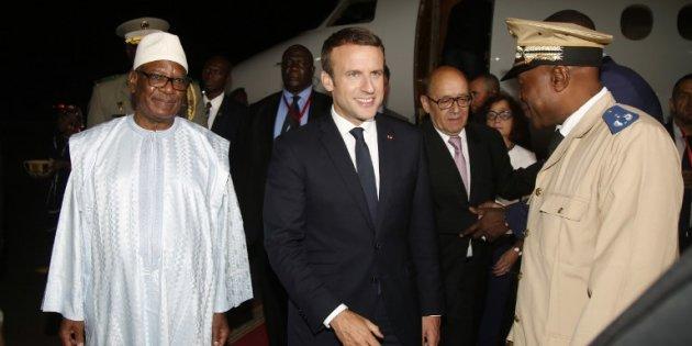 """Actualite Actualite Pour l'arrivée d'Emmanuel Macron au Mali pour le """"G5 Sahel"""", des jihadistes publient une vidéo d'otages"""