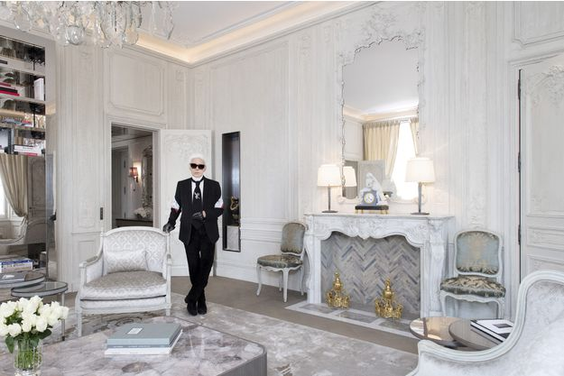 """Actualite Actualite Karl Lagerfeld : """"Brigitte Macron a les plus belles jambes de Paris"""""""
