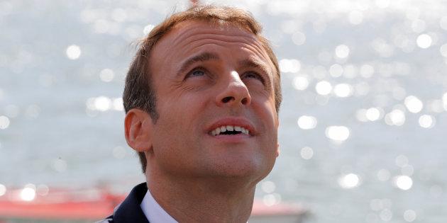 Actualite Actualite Non, Emmanuel Macron n'est pas en vacances en Italie