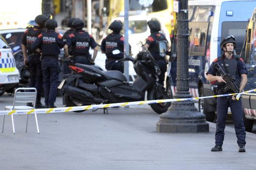 Actualite Actualite Ramblas de Barcelone : Une fourgonnette fonce dans la foule, au moins deux morts