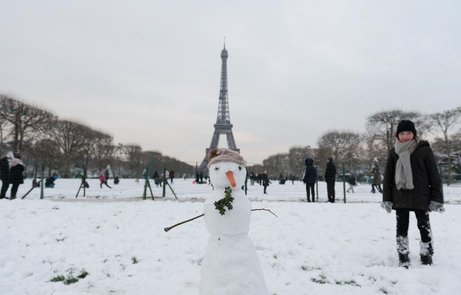 Culture Culture Paris: La tour Eiffel fermée en raison des conditions météo