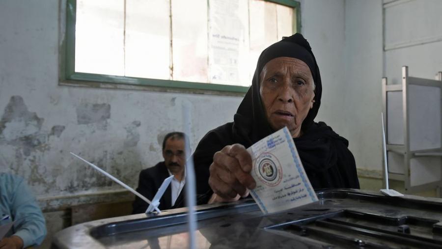 International International Les Égyptiens votent, deuxième mandat assuré pour Sissi