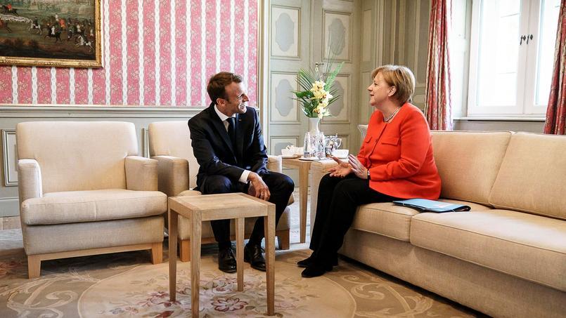 Actualite Actualite Europe: Merkel fait un petit pas vers la refondation voulue par Macron