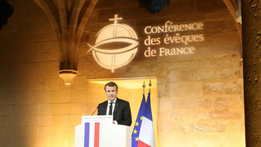 Actualite Actualite Emmanuel Macron au Vatican: quel est le poids politique des catholiques de France?