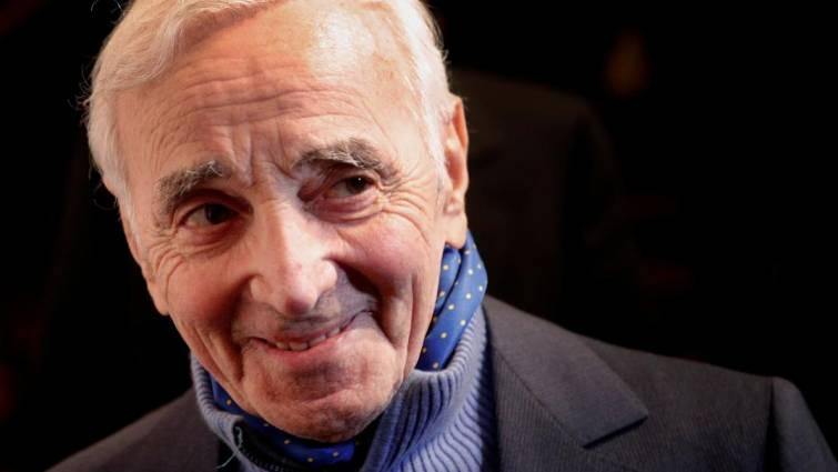 Culture Culture Adieu  Charles Aznavour : les chaînes bouleversent leurs programmes