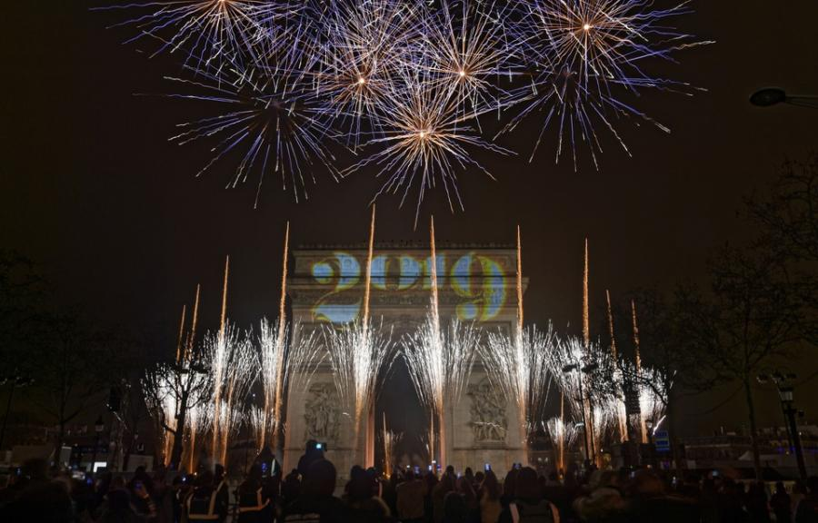 Paris Paris La nuit du Nouvel an a été plus calme que prévu dans le pays