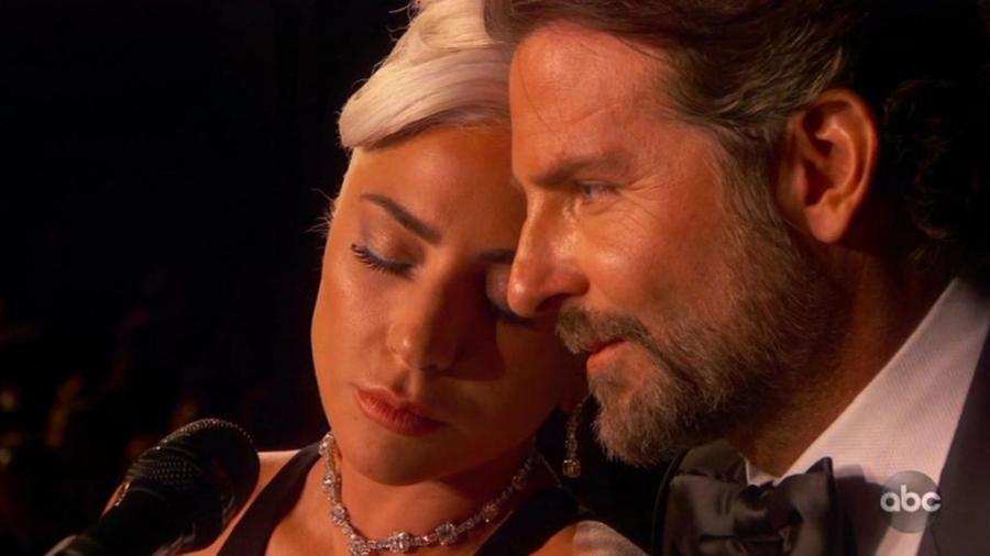 """People People Mel B se paye Lady Gaga après sa prestation sensuelle avec Bradley Cooper aux Oscars : """"J'espère que ce n'est que professionnel"""""""