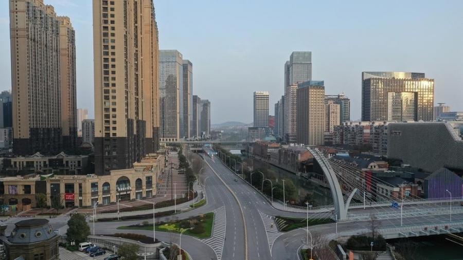 International International Coronavirus : reprise partielle de l'activité économique à Wuhan